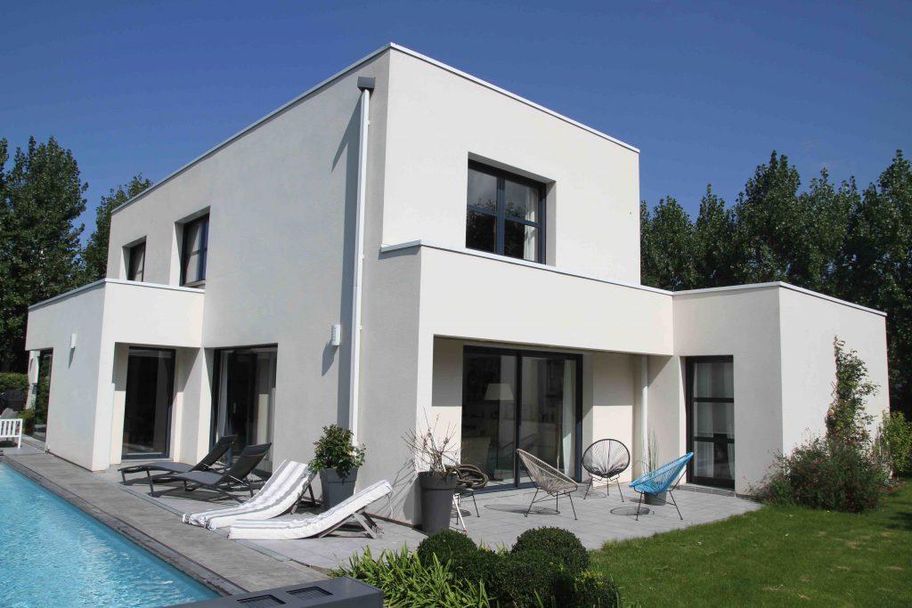 Maisons cubiques architecture et tradition for Maison cubique