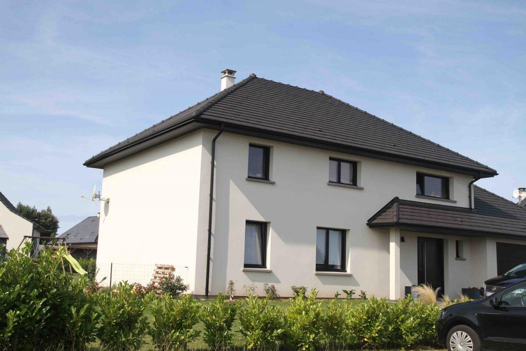 Myotte duquet architecture bois maison 4 pans gilley maison in for Maison cubique toit 4 pans